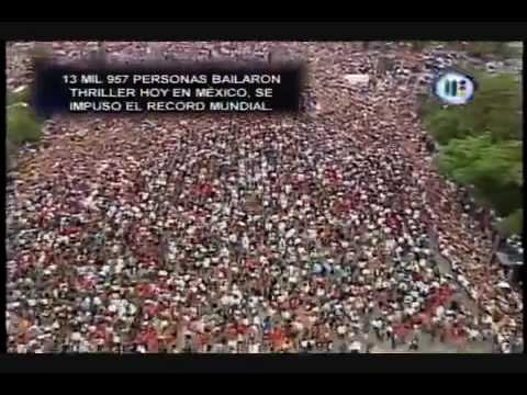 13957 people dancing thriller in Mexico 1 of 2 HQ