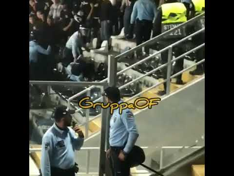 frankfurt-hooligans-fight-police-(europa-league)