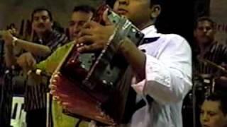 LLUVIA DE MUJERES, LOS BETOS