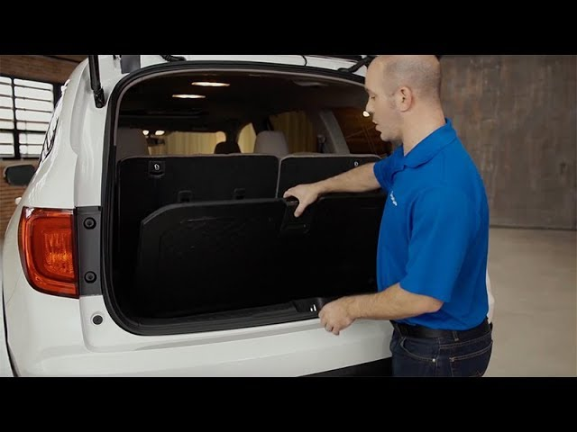 2018 Honda Pilot Tips & Tricks: How to Use the Reversible Hatch Mat