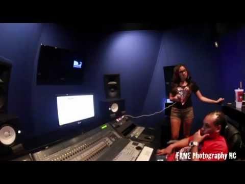 Inside Shawty Lo  House and DJ Ransom Dollars studio session