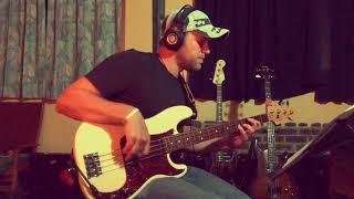 Ain't No Mountain High Enough - Marvin Gaye & Tammi Terrell (Bass Cover)