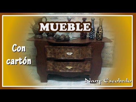 MUEBLE CON CARTÓN
