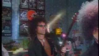 Queen The Show Must Go On Freddie Mercury