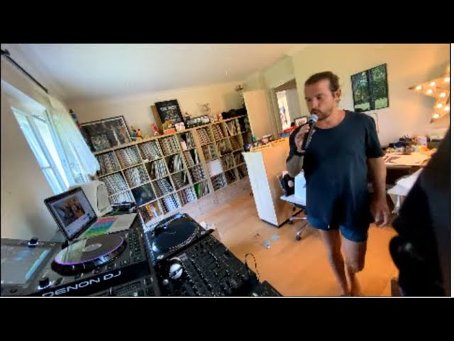 Luciano Living Room Session Part.35 (24.04.2020)