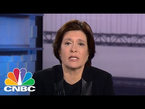 Kara Swisher: Facebook, Google Need To Deal With 'Fake News' Issue | CNBC