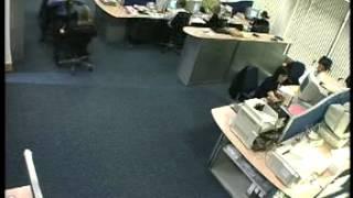 Учись расслабляться в офисе Приколы