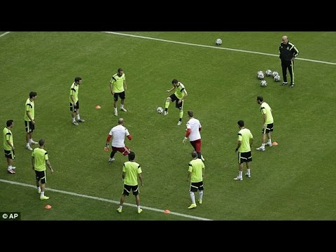 Barcelona • Amazing Tiki-Taka play in Training Session ...