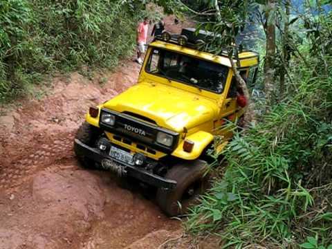Jeep Toyota Bandeirante No Pinheirinho Serra Da Cantareira Youtube