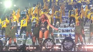 Gambar cover Beyoncé - Love On Top / Outro (Coachella Weekend 1)