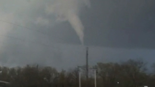 Raw: Funnel Cloud Spotted in Southeast Oklahoma