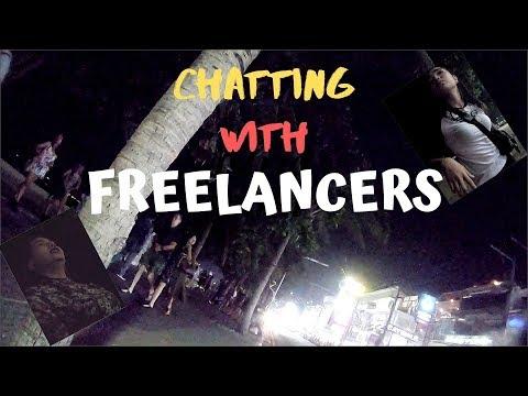 Talking with freelance ladies on Pattaya Beach Road