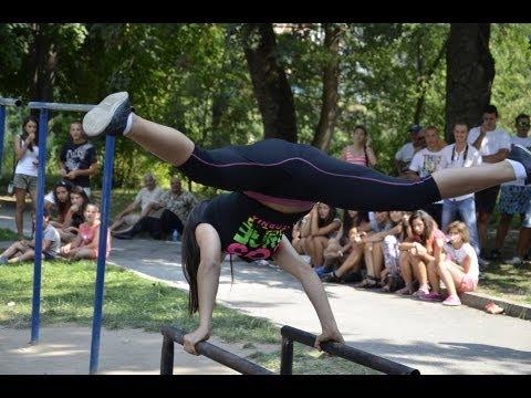 Liya Shtereva Street Workout Compeion Devin Horizontal Parallel Bar Set