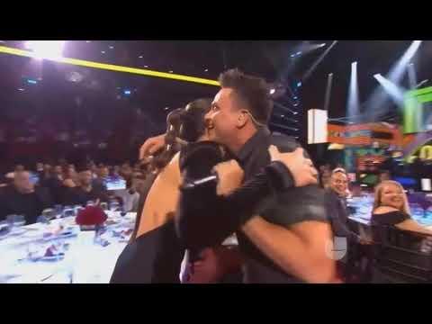 Silvestre Dangond - Cásate Conmigo (Premio Lo Nuestro 2018)