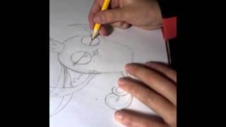 Как нарисовать Геил из Angry Birds Stella(В этом видео я покажу вам как нарисовать птицу Геил из Angry Birds Stella. В этой игре всего 6 птиц, это главный персон..., 2015-10-23T17:30:25.000Z)