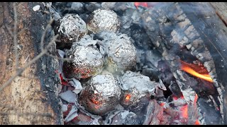 Как жарить яйца на костре