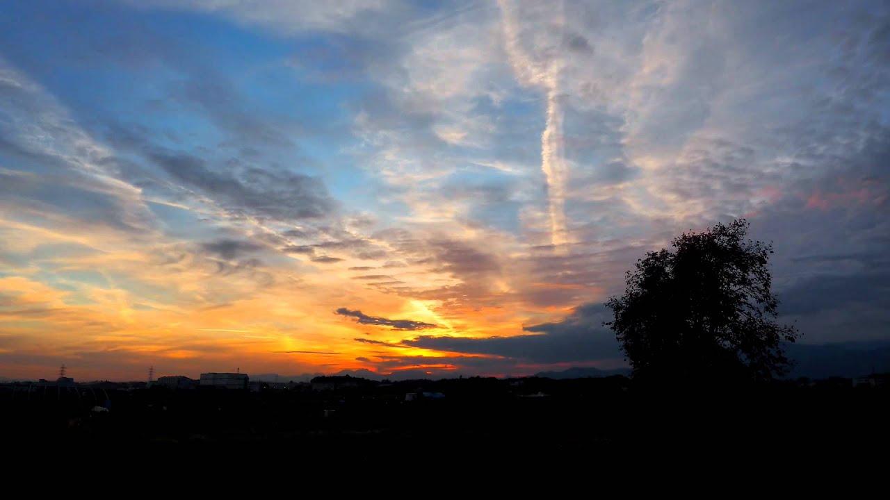 画像: いつものタイムラプスです。 夕焼けはイマイチでしたが雲の動きがおもしろかったです。 youtu.be