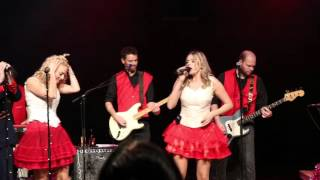 The Jingle Bell Rockband  - Being Alone At Christmas (Miss Montreal)