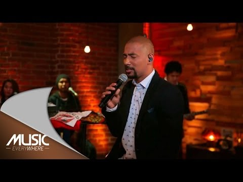 Marcell-Peri Cintaku (Live at Music Everywhere) *