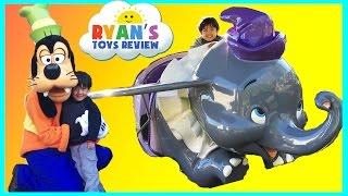 DisneyLand Trip Family Fun Amusement Park for Kids Disney Rides Ryan ToysReview