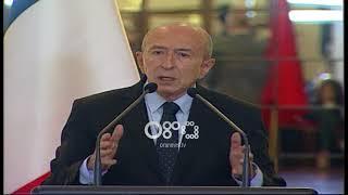 Ora News- Ministri francez tregon rruget si shqiptaret ikin ne France per azil