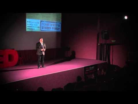 Cum poate voluntariatul sa schimbe lumea: Andrei Aronet at TEDxEroilor