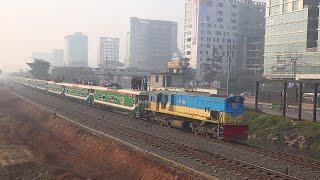 Crush of Winter Morning || Intercity Train Tista Express (Dhaka-Dewanganj) || Outside full Review
