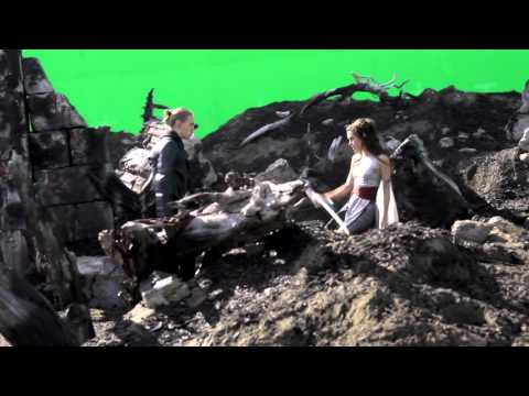 (Poppy Drayton France) Poppy on the set of The Shannara Chronicles 1x04