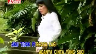 Download PERCUMA rita sugiarto @ lagu dangdut Mp3
