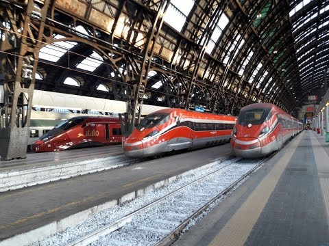 IT#62 - Circolazione dei treni sui binari della stazione di Milano Centrale con il sole