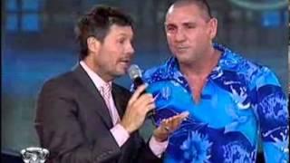 Showmatch 2010 - ¿Marcelo y la Mole familiares?