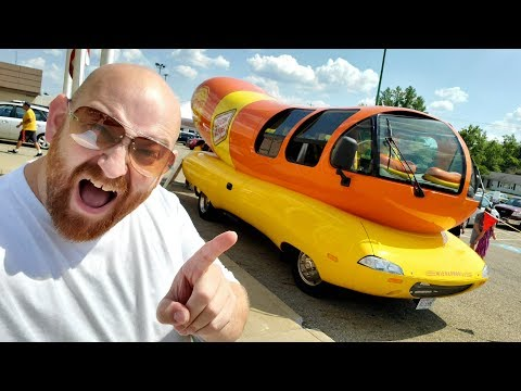 THAT'S A GIANT WIENER !! Oscar Mayer Wienermobile Visits FIshers Foods Canton Ohio