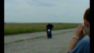 BEN stunt, clastres juin 2001, 2eme essai de montage