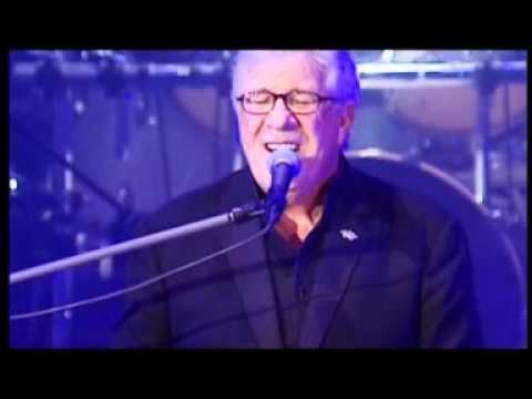 Jimmy Fortune - Far Side Banks Of Jordan (Official Live Video)Kaynak: YouTube · Süre: 3 dakika33 saniye
