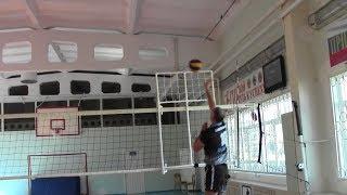 Скидка мяча в волейболе