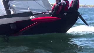 ▶ Скоростная яхта SpeedDream Sail(Yandex-SpeedDream -- одна из самых быстрых однокорпусных яхт в мире. Эта 27-футовая лодка, построенная Владом Мурников..., 2013-10-09T11:17:50.000Z)