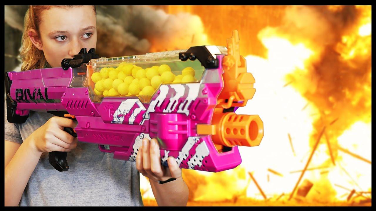 Nerf Boys Toys For Girls : Nerf war boy vs girl youtube