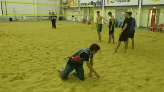 Тренировка молодежной сборной России по пляжному волейболу. Тренер А. Е. Шаповалов.