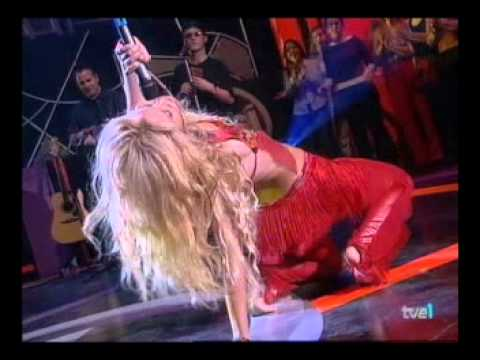 Shakira Suerte Live at Musica Si