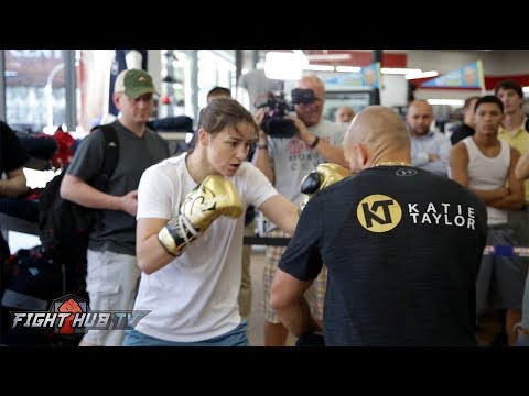 SHES THE FULL PACKAGE! KATIE TAYLOR FULL MITT WORKOUT - NEW YORK CITY