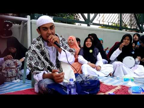 Habib Fahmi Al Habsyi,  Ya Hanana + Qomarun