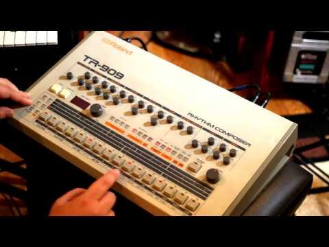 Building Techno and House rhythms on the Roland TR-909