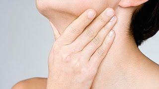 видео Болит горло и ухо с одной стороны – что делать и чем лечить
