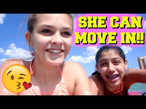 😍 MY BEST FRIEND CAN MOVE IN! 😍 BEACH TUMBLING CHALLENGE!
