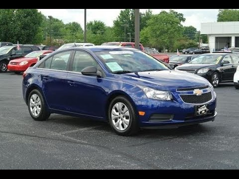 2012 Chevrolet Cruze LS 1.8 Start Up And Full Tour