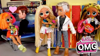 LOL OMG Doll Family Valentines Day School Routine & Shopping - Titi Toys