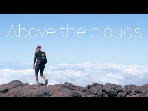 Hiking up to the summit of Mauna Loa Volcano (in search of Paulina