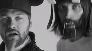 Kasabian - eez.eh (Sub Español - Lyrics) [Official Video]
