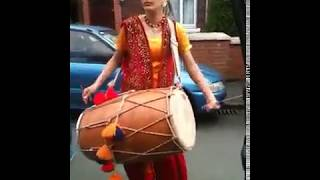 Best dhol player in the world............!!!Must watch