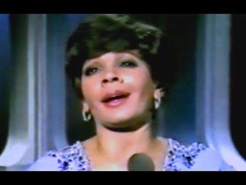 Shirley Bassey - Time After Time  (A Jule Styne/Sammy Cahn song) (1979 Show #1)